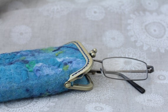 Hand felted case for glasses or sunglasses - made to order
