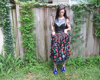 Vintage // Floral Gypsy Maxi Skirt // With Pockets // Size 10 // Bright