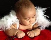 6 to 9 months - White Feathered Baby Wings