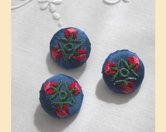 embroidered buttons handmade in blue silk with red rose floral design, pack of three, size 22mm