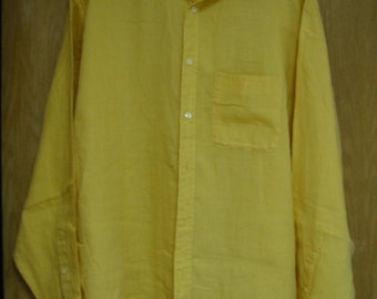vintage yellow 'Banana Republic' linen shirt  (men's)   large