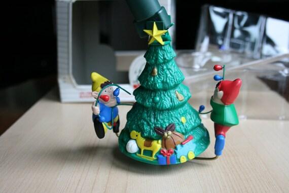 Noma ornamotion christmas tree elves decorating motorized