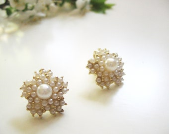Floral pearls earrings- romantic shabby chic studs- white cream color-small pearls