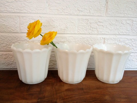 Set of 3 Vintage Milk Glass Scalloped Planters/ Flower pots