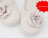Ready to ship - Felted slippers for women - Snow flowers - Handmade - White wool wearing - Winter trend - (EU 40/ UK 6,5/ US 9)