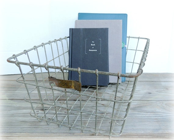 Vintage Locker Basket American Wire Form Co Metal Crate Home Storage Organize Decor Industrial Cottage Chic