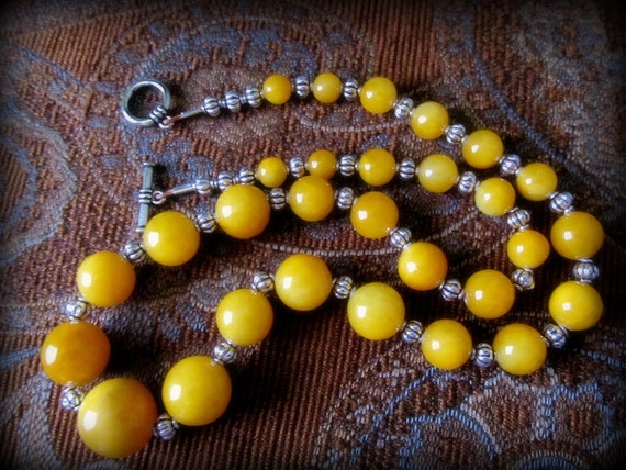 Yellow Quartz/Antique Silver Necklace--True, Vivid, No Doubt About It Yellow--Striking Golden Shade, Graduated Size