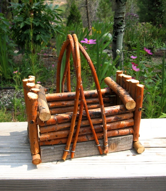 Small Rustic Willow Planter