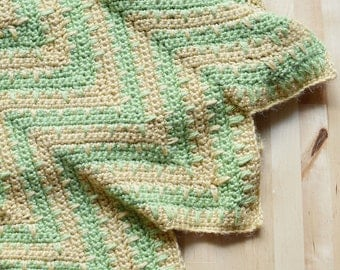 Crocheted Chevron Baby Afghan