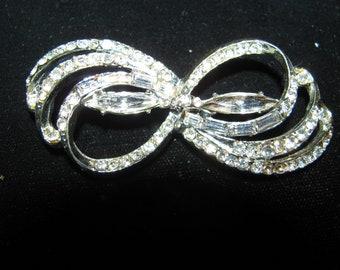 Destash Vintage Rhinestone Brooch Jewelry For Creating A Treasure