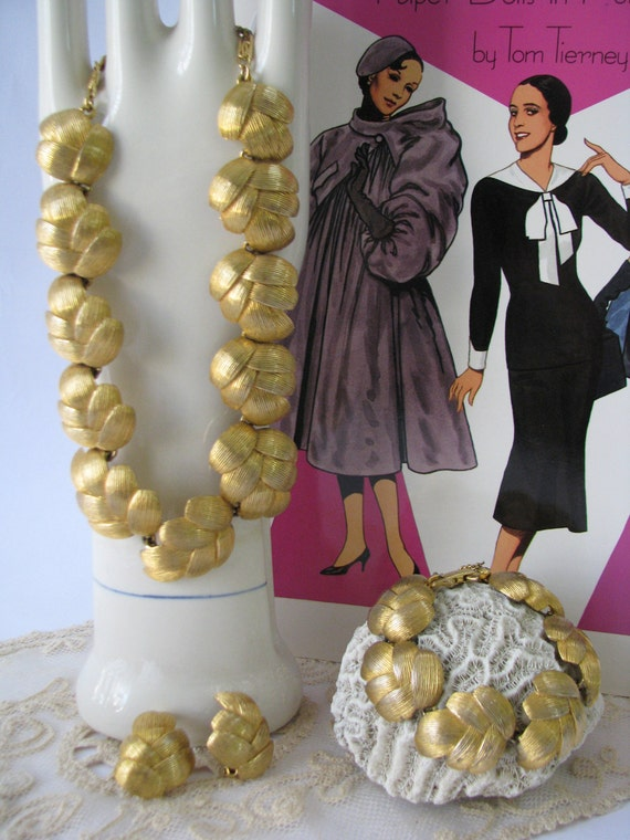 Vintage Schiaparelli Necklace and Matching Bracelet and Earrings - Signed- Gold Toned Metal Leaf Design