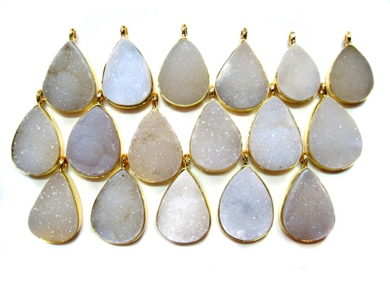 24 kt. Gold Plated Natural White Druzy Pendants , 1 piece of fine quality White druzy gem stone Dangle Pendant , micro star druzy