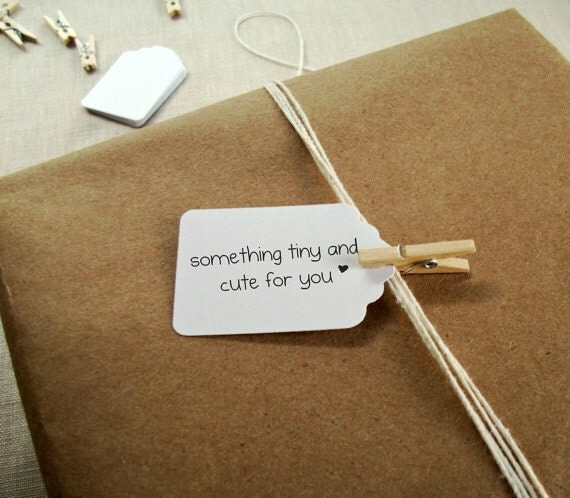"""100 Gift Tags - Small & Mini Cute Blank Scalloped White Paper Tag 1 1/2"""" x 15/16"""" - DIY"""