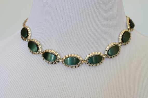 60's Vintage Necklace, Emerald Green Necklace, Thermoset, Lucite Necklace