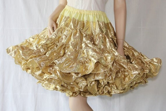 Vintage Petticoat / Rockabilly / Circle Skirt / Swing Dance / Crinoline / Gold Lame / Square Dance / Royal Petticoats