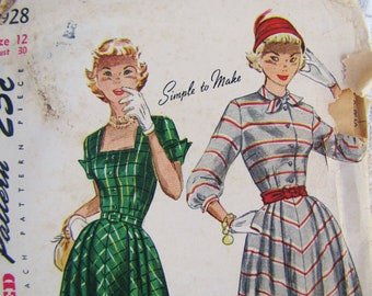 Antique Sewing Pattern- 1950's Simplicity 2928-  Dress with Gored Skirt- Women Size 12- Bust 30 inches- Mad Men Fashion, I Love Lucy Dress