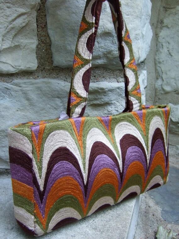 RESERVED SALE PENDING    Unique Cloth Knit Graphic Design Handbag