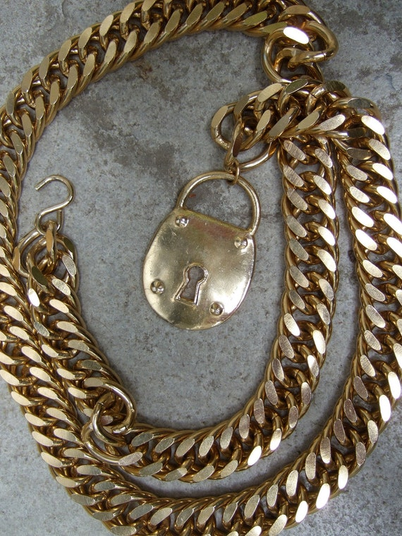 Sleek Vintage Heavy Gilt Chain Belt With Lock Charm Detail