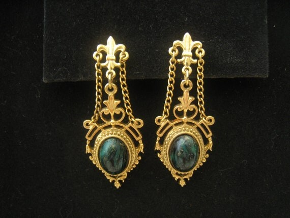 RESERVED for V. Vintage Gold Chandelier Earrings with Green Oval Cabochons, chains, and Fleur de Lis Accents