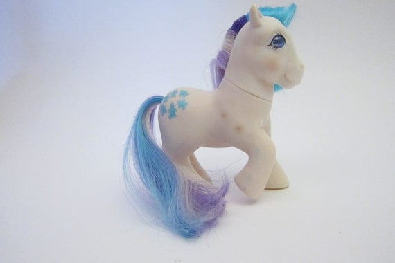 Vintage My Little Pony White Gingerbread Purple and Blue Hair Jewled Eye Vintage 80s 1980s toy Hasbro 1984 G1 Generation One Pony