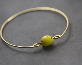 Lemon Yellow  vintage glass gold bangle bracelet