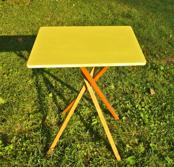 Side Table Collapsible Outdoor Yard Table