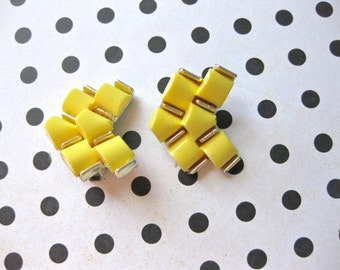 Yellow Earrings Clip on in Faux Goldtone setting Deco Look Fashion Jewellery Statement vintage
