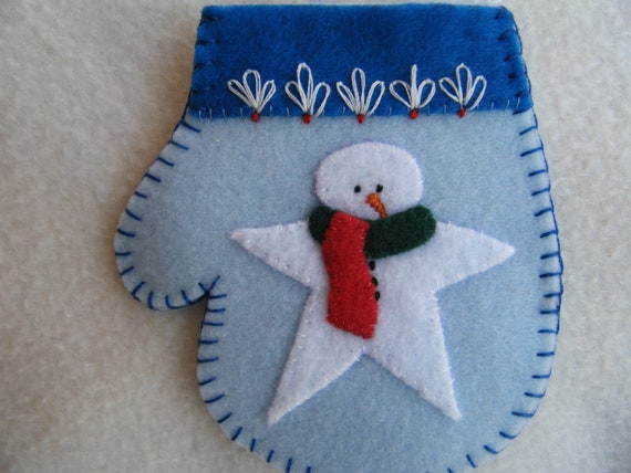 Felt Christmas Mitten Ornament/Gift Card Holder