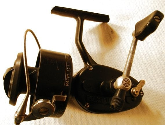 Vintage garcia mitchell fishing reel number 300 a for Mitchell 300 fishing reel