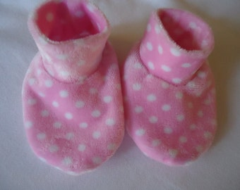 Baby Booties Adorable Pink with white dots Minky Size 6-12 months Shoes