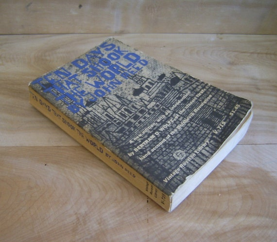 SALE Vintage Book - Ten Days That Shook The World, 1960