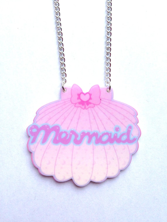 Kawaii Pink, Purple and Blue Shell Mermaid Necklace With a Star and Moon Pattern