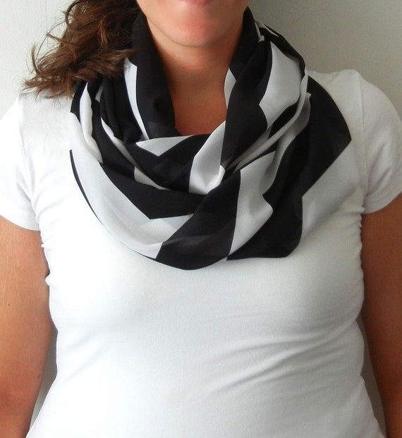 Black and White Chevron Infinity Scarf