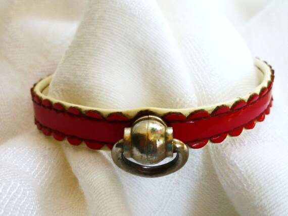 Vintage Patent Leather - Dog or Kitty Cat Collar - XSmall Small - Cherry Red & White - Fancy