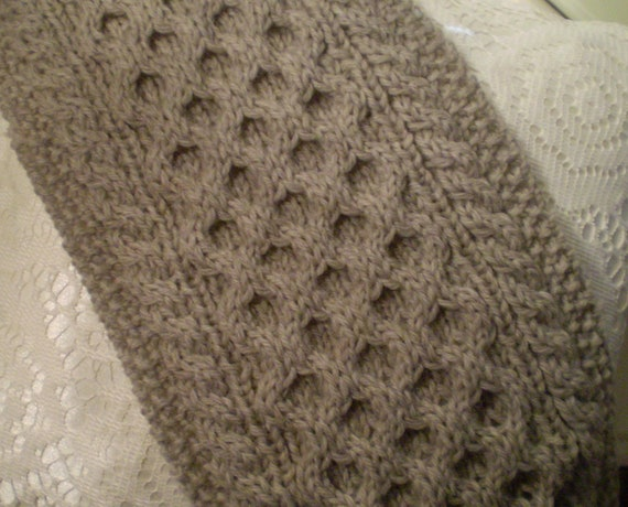 Honeycomb Knitting Pattern : Handmade Cable Knit Scarf from Fishermans Wool Honeycomb