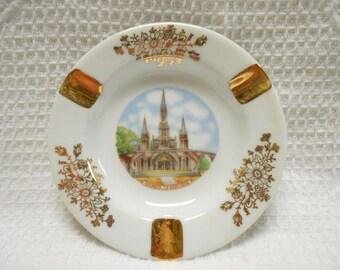 Vintage French Limoges Porcelain Lourdes Souvenir Ash Tray (A468)