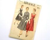 Vintage 50s Sleeveless Dress Jumper w/ Pockets Sewing Pattern Advance 6837 Size 14