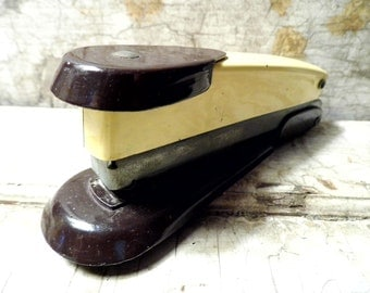 Vintage Office Supplies, Metal Stapler by Arrow, w/ Some Staples, Industrial, Retro Mad Men, Stationery