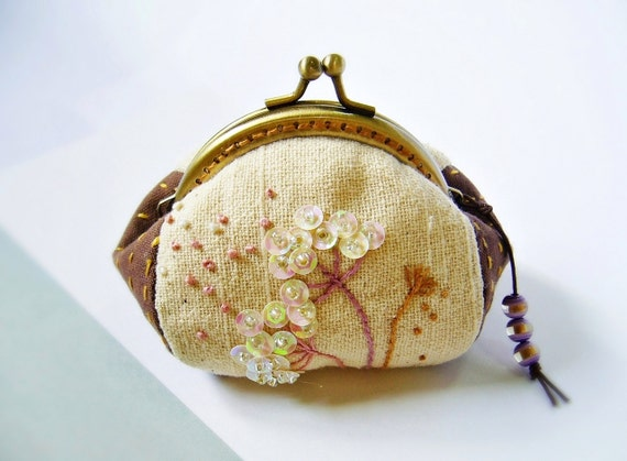 metal frame purse frame coin purse embroidery coin purse coin purse flower embroidered