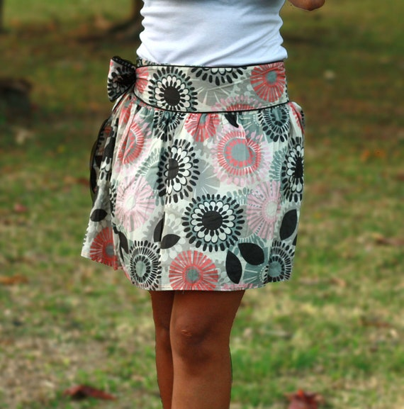 Autumn Coral and Brown Retro Flower Mini Skirt with Sash Belt