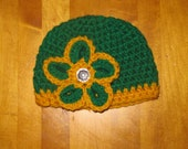 Green Bay Packer Crochet baby hat, photography prop, flower hat, baby girl hat crochet photography prop, beannie