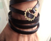 Steampunk Bracelet -5 Circles Black Leather Wrap Bracelet  Adjustable With Gears Galore Steampunk Bracelet - pier7craft