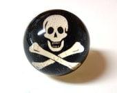 Skull & Crossbones Ring - Photo Ring - Snow Globe Illusion Ring - Halloween Ring - Pirate Ring - Skull Ring - Skull - Halloween - Skeleton