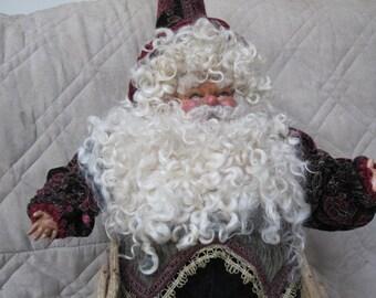 Migilette  Santa Claus Royal Elf Designer Collection Limited Edition,Mint Condition,Vintage, Elegant, Chair, Father Christmas, St Nick