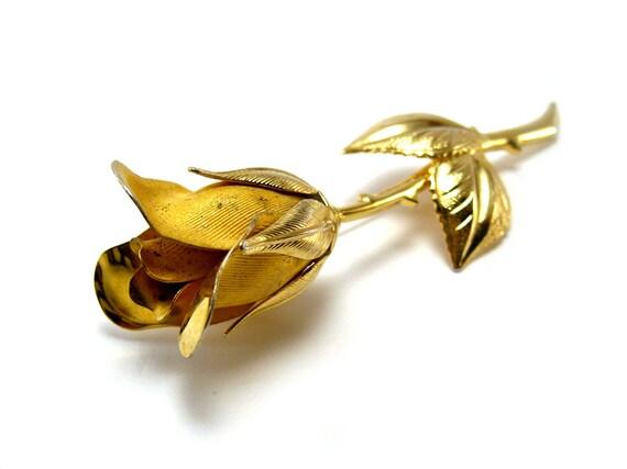Sale - Vintage rose brooch, gold tone, long stem rose bud, flower brooch