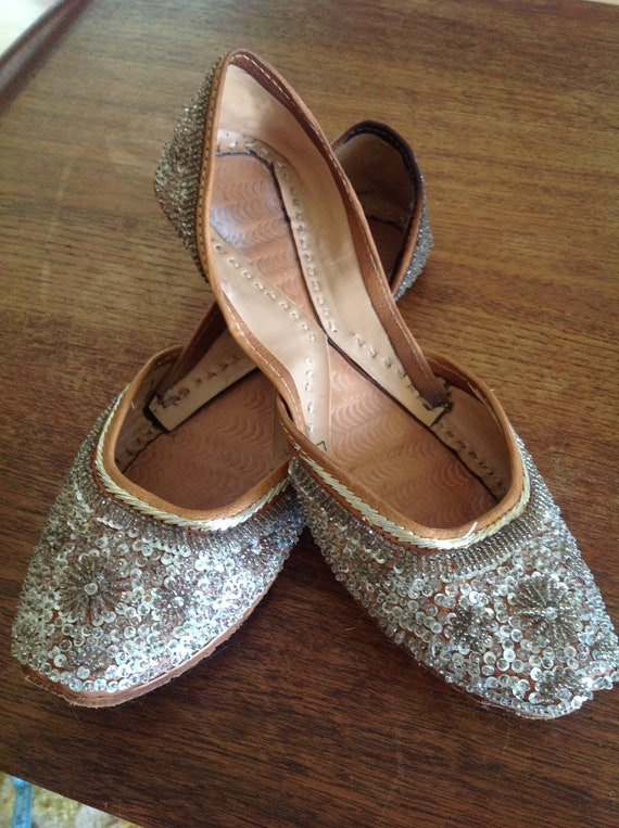 PRICE REDUCED vintage gypsy boho shoes, beaded sequin leather flats, sparkly wedding shoes size 9/10