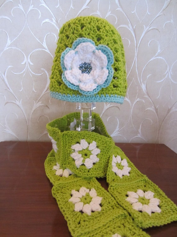 Granny Square Scarf and Hat Set. Modern Granny Set for Girl.