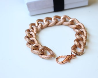 Rose Gold Medium Chunky Curb with Textured Detailing Chain Bracelet