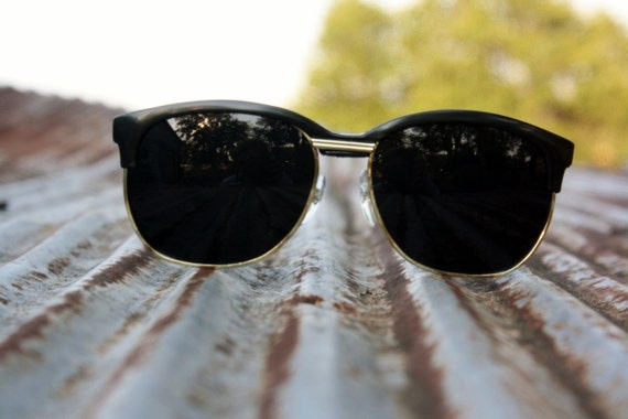 Wayfarer Style Retro Sunglasses