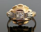 Vintage Diamond Ring - 18K Yellow and White Gold